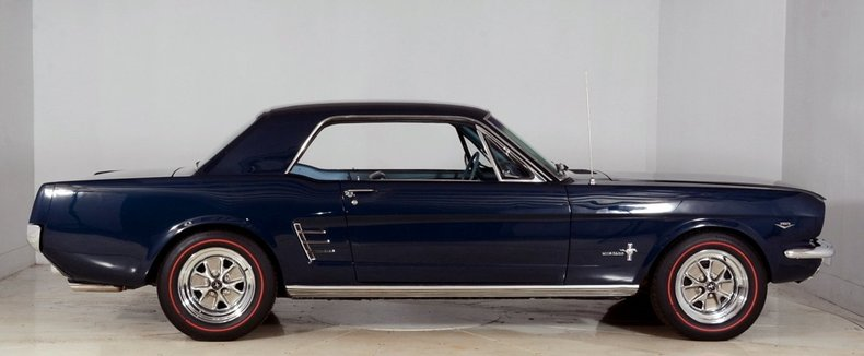 1966 Ford Mustang Image 30