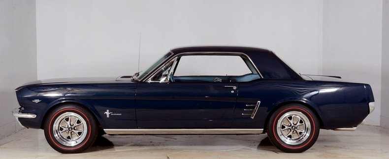 1966 Ford Mustang Image 45