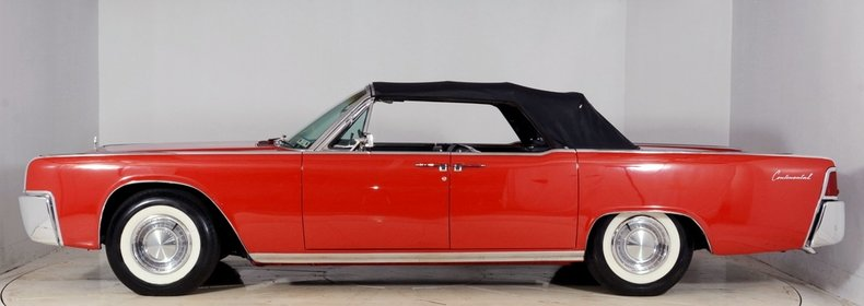 1962 Lincoln Continental Image 14