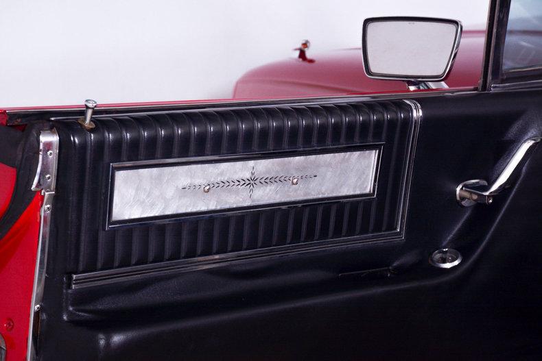 1966 Ford Thunderbird Image 26