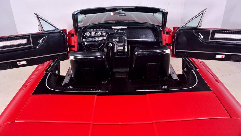 1966 Ford Thunderbird Image 5