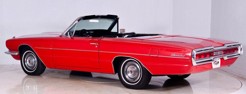 1966 Ford Thunderbird Image 24