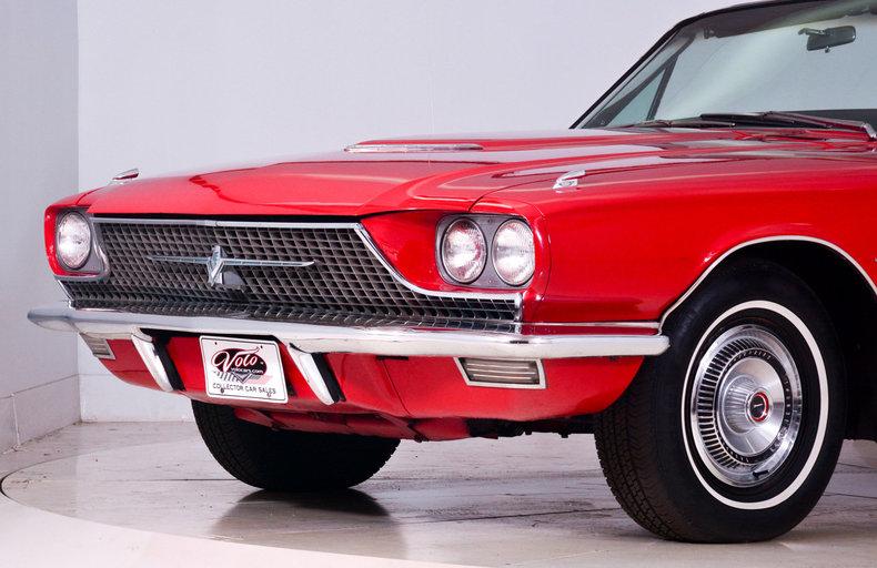 1966 Ford Thunderbird Image 35