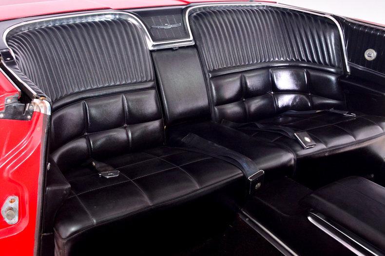 1966 Ford Thunderbird Image 22