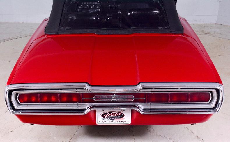 1966 Ford Thunderbird Image 7