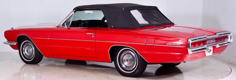 1966 Ford Thunderbird Image 25