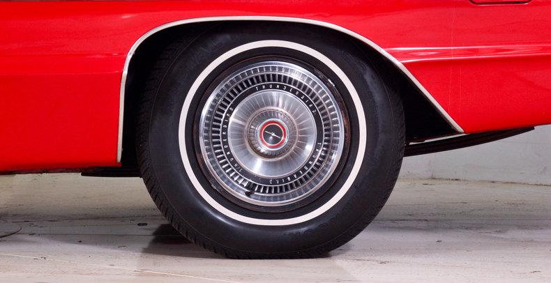 1966 Ford Thunderbird Image 34