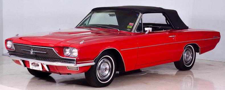 1966 Ford Thunderbird Image 38
