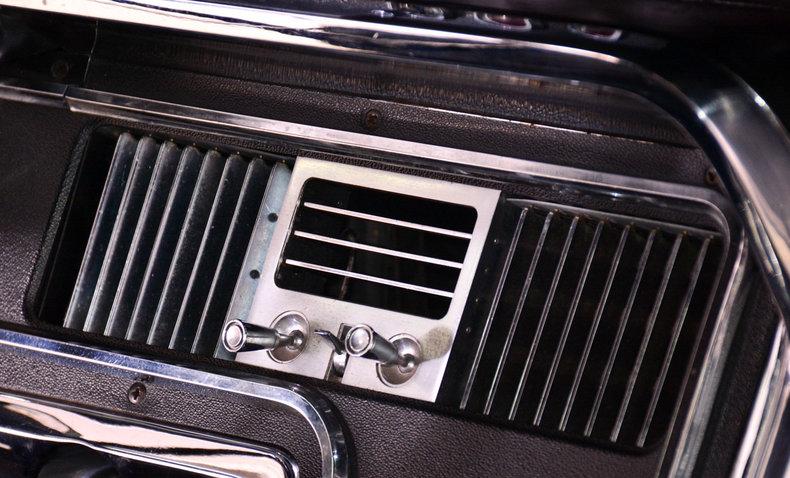 1966 Ford Thunderbird Image 46