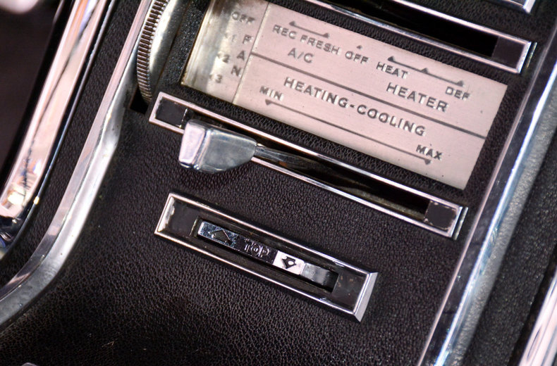 1966 Ford Thunderbird Image 47