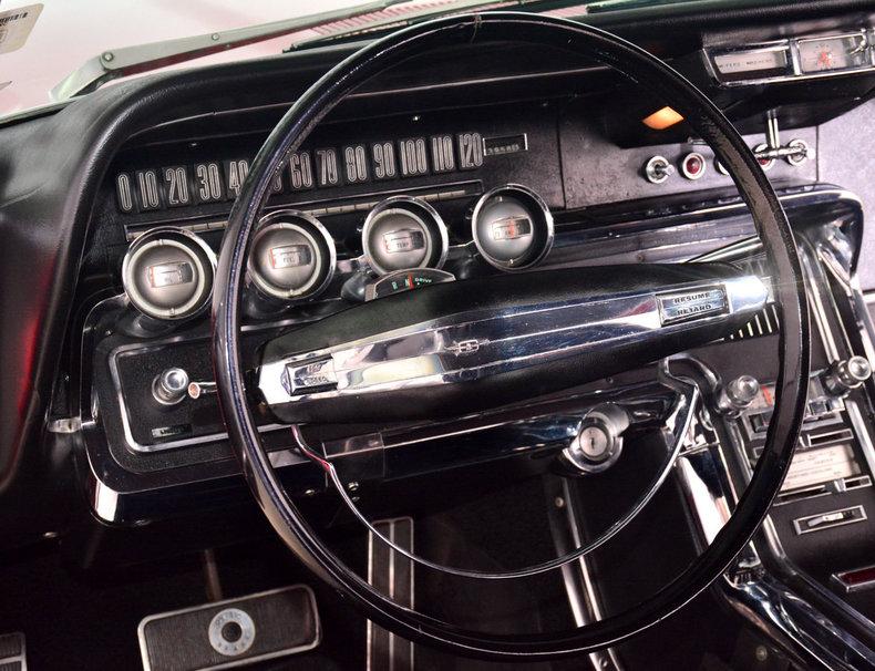 1966 Ford Thunderbird Image 17