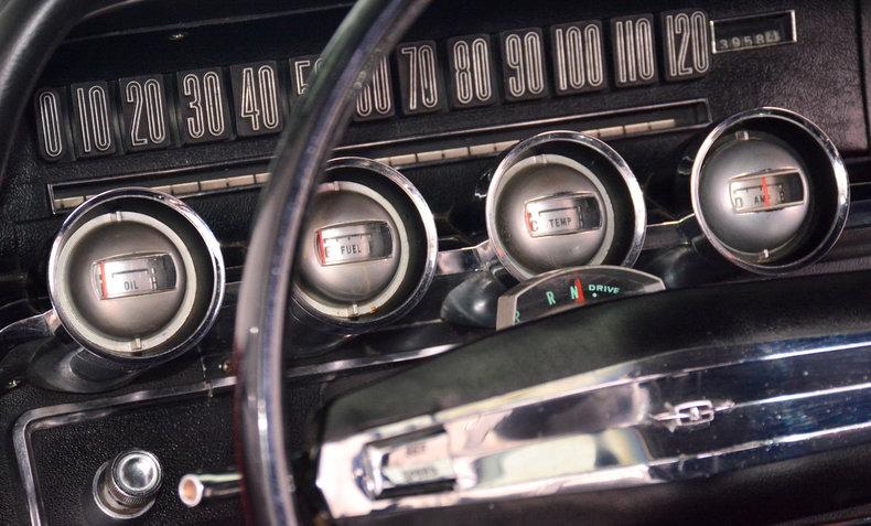 1966 Ford Thunderbird Image 42