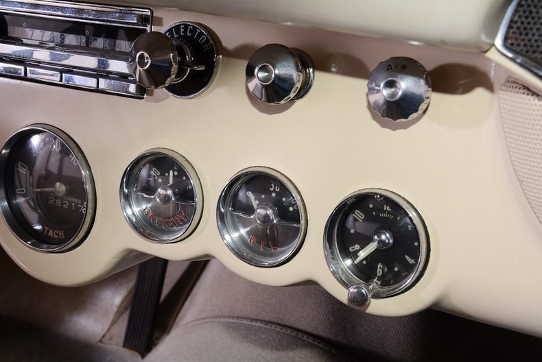1957 Chevrolet Corvette Image 31