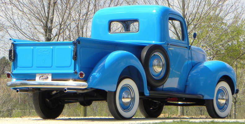 1941 Ford Deluxe Image 17