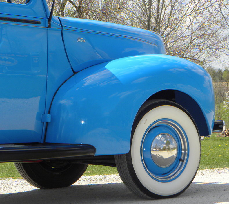 1941 Ford Deluxe Image 23