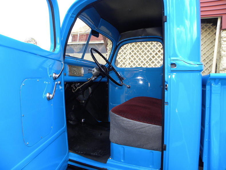 1941 Ford Deluxe Image 32
