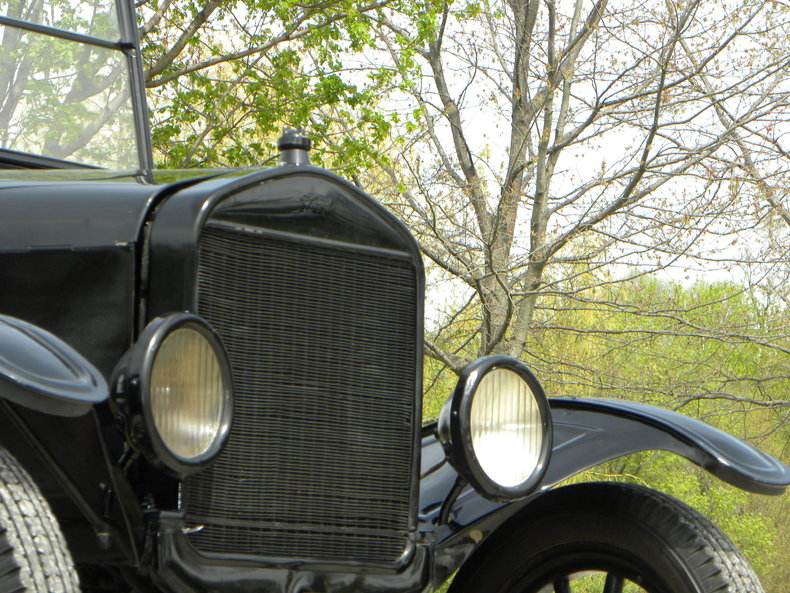 1924 Ford Model T Image 10