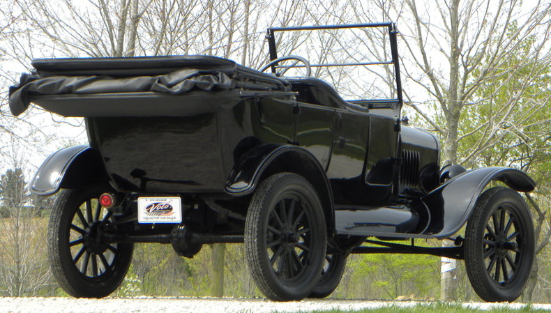 1924 Ford Model T Image 20