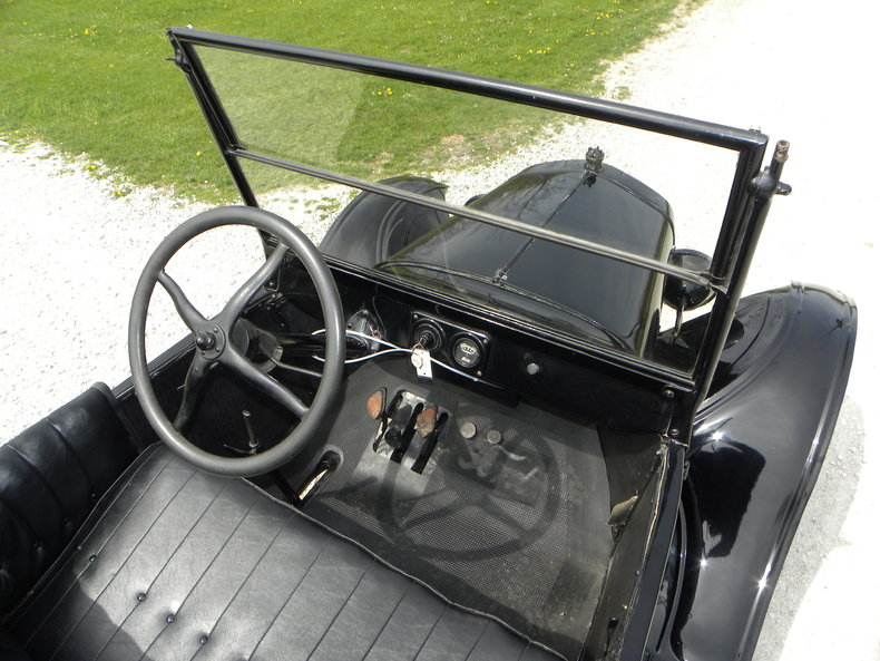 1924 Ford Model T Image 29