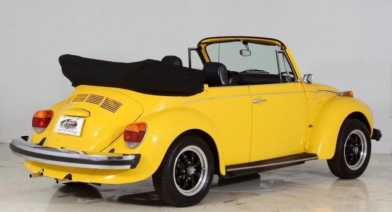 1974 Volkswagen Super Beetle Image 3