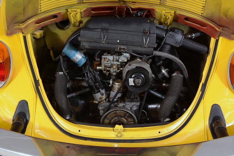 1974 Volkswagen Super Beetle Image 4