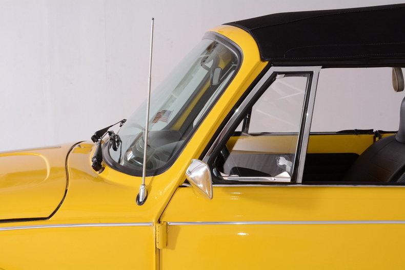1974 Volkswagen Super Beetle Image 10