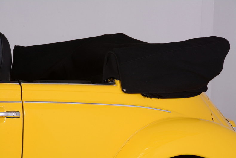 1974 Volkswagen Super Beetle Image 19