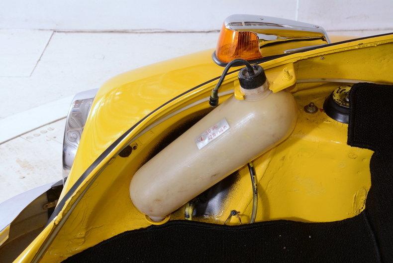1974 Volkswagen Super Beetle Image 23