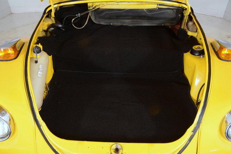 1974 Volkswagen Super Beetle Image 39
