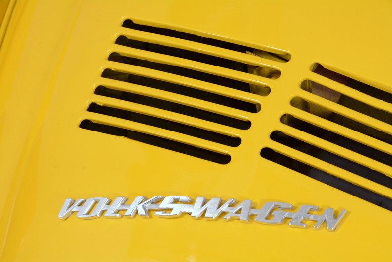 1974 Volkswagen Super Beetle Image 43