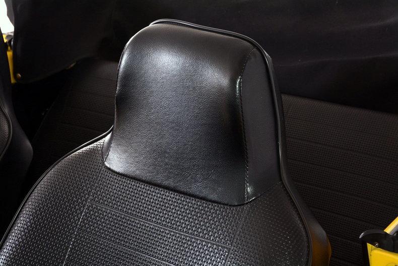 1974 Volkswagen Super Beetle Image 51