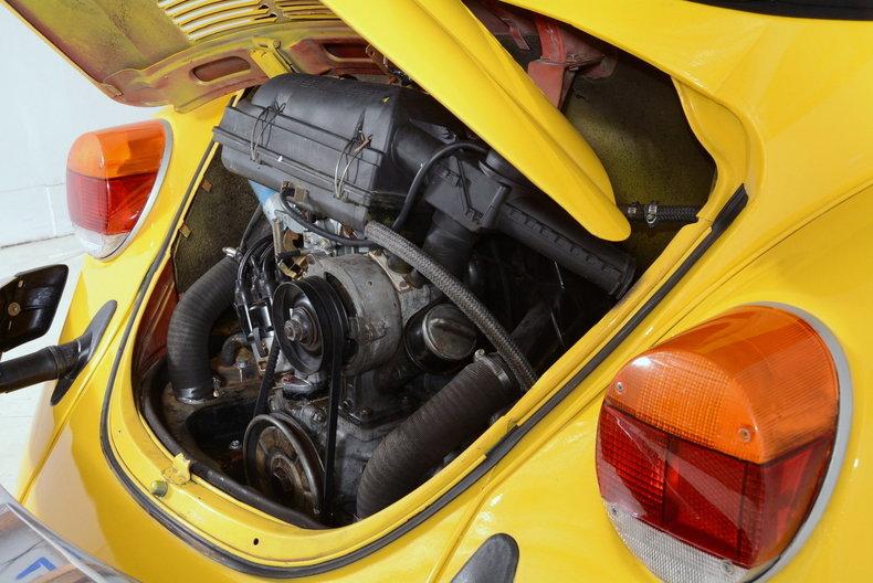 1974 Volkswagen Super Beetle Image 54