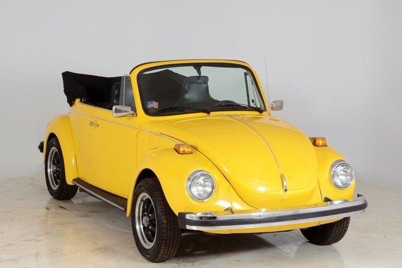 1974 Volkswagen Super Beetle Image 73