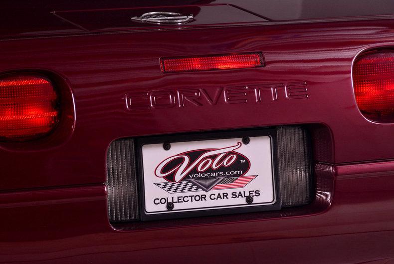 1993 Chevrolet Corvette Image 16