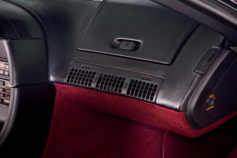 1993 Chevrolet Corvette Image 75