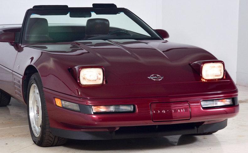 1993 Chevrolet Corvette Image 17