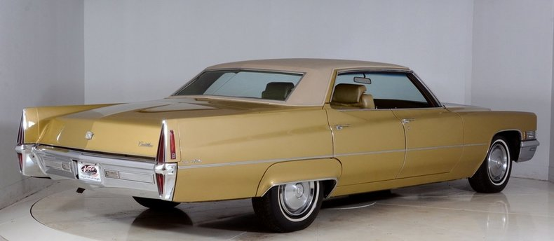 1970 Cadillac Sedan deVille Image 3