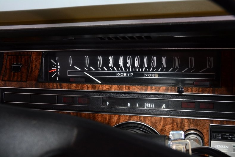 1970 Cadillac Sedan deVille Image 10