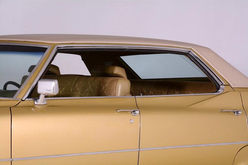1970 Cadillac Sedan deVille Image 11