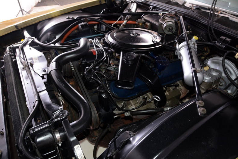 1970 Cadillac Sedan deVille Image 15