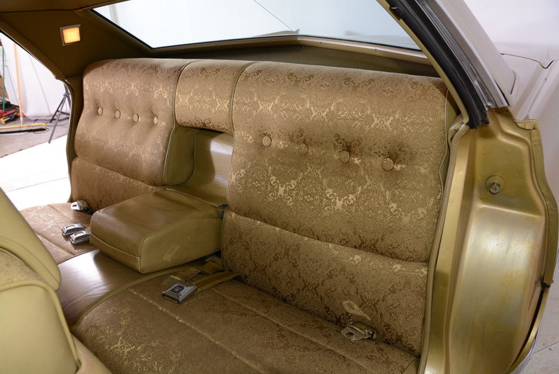 1970 Cadillac Sedan deVille Image 16