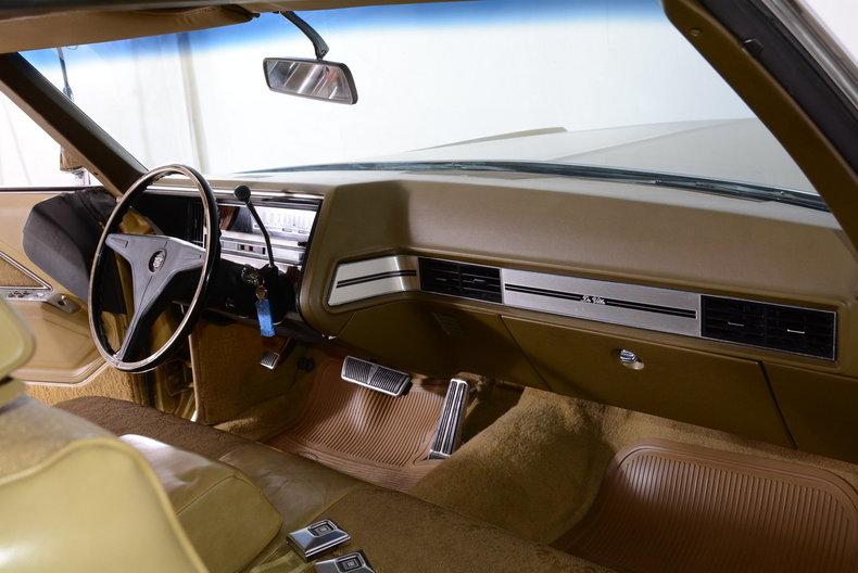 1970 Cadillac Sedan deVille Image 18