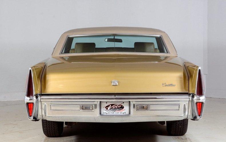 1970 Cadillac Sedan deVille Image 25