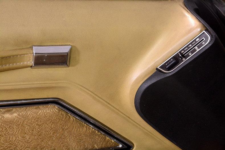 1970 Cadillac Sedan deVille Image 27