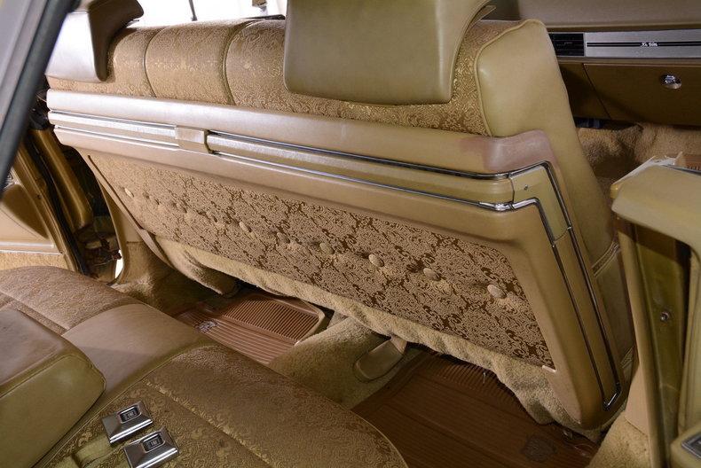 1970 Cadillac Sedan deVille Image 28