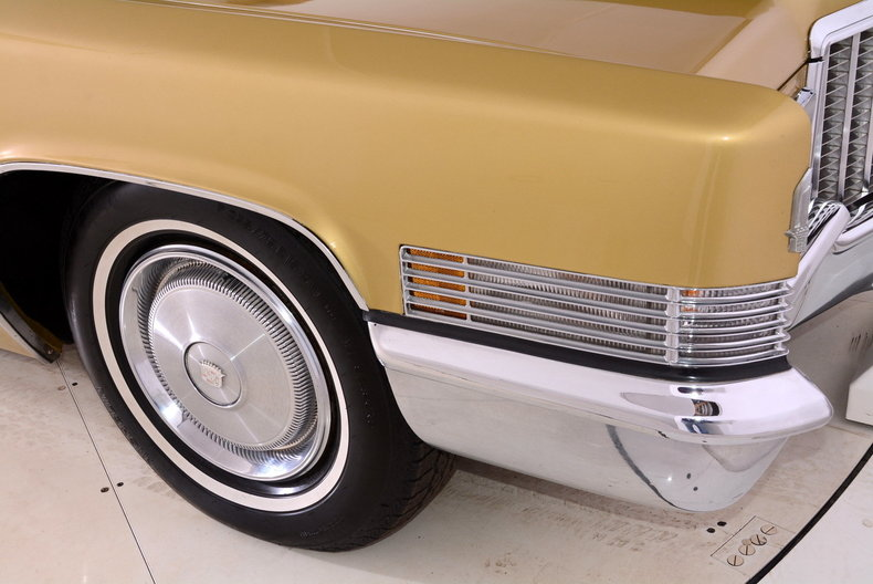 1970 Cadillac Sedan deVille Image 51