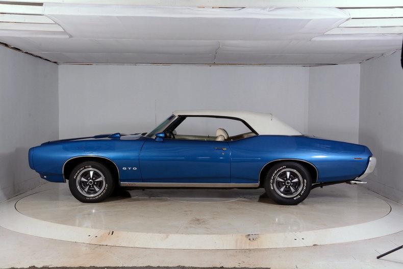 1969 Pontiac GTO Image 21