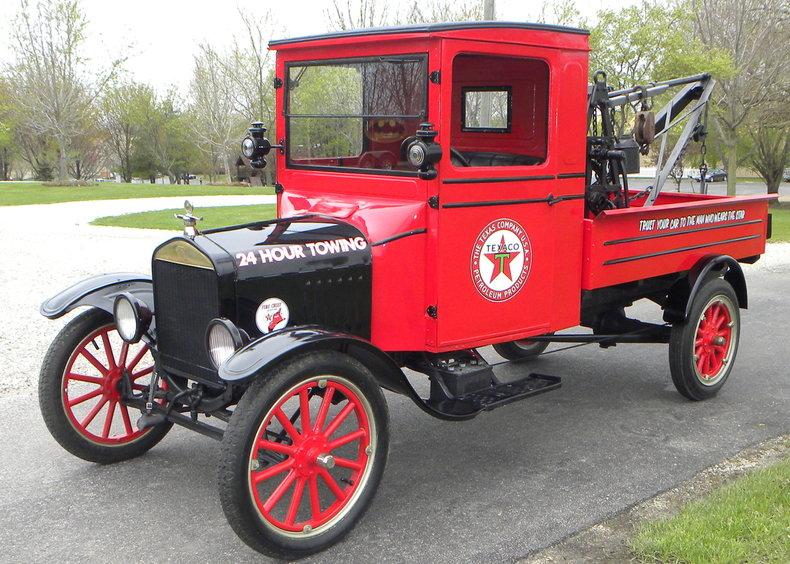 1925 Ford Model TT Image 3