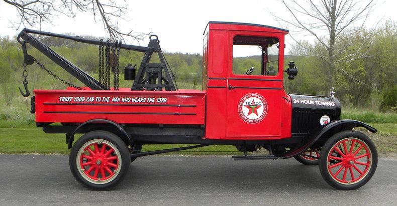 1925 Ford Model TT Image 8