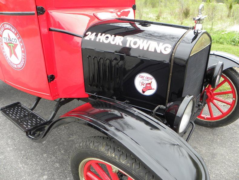 1925 Ford Model TT Image 20